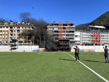 Der Brand im Nationalstadion von Andorra hat den Bühnenbau für Kommentatoren und Kameras zerstört