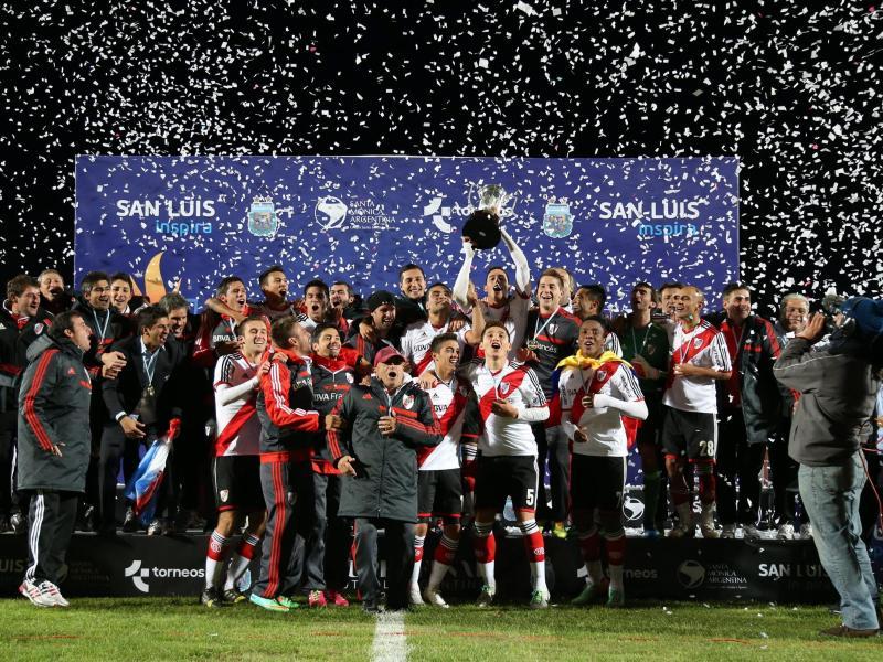 River Plate feiert den Sieg im Superfinale