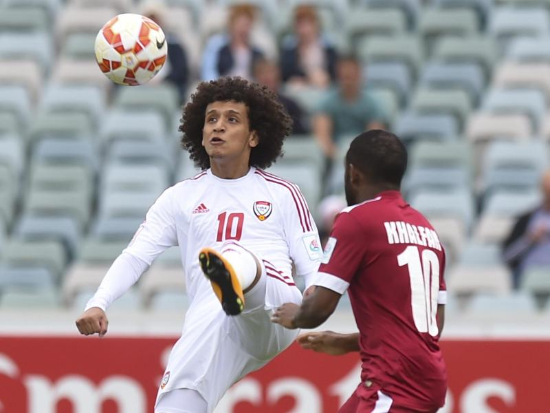 Mohamed Ahmad Gharib aus den Vereinigten Arabischen Emiraten im Duell mit Khalfan Ibrahim aus Katar