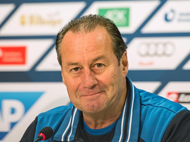 Huub Stevens wartet nach dem 0:0 im Comeback gegen Köln auf seinen erste Sieg mit Hoffenheim