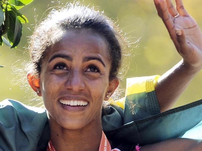 Die Äthiopierin Buzunesh Deba ist nachträglich zur Siegerin des Boston-Marathons 2014 erklärt worden