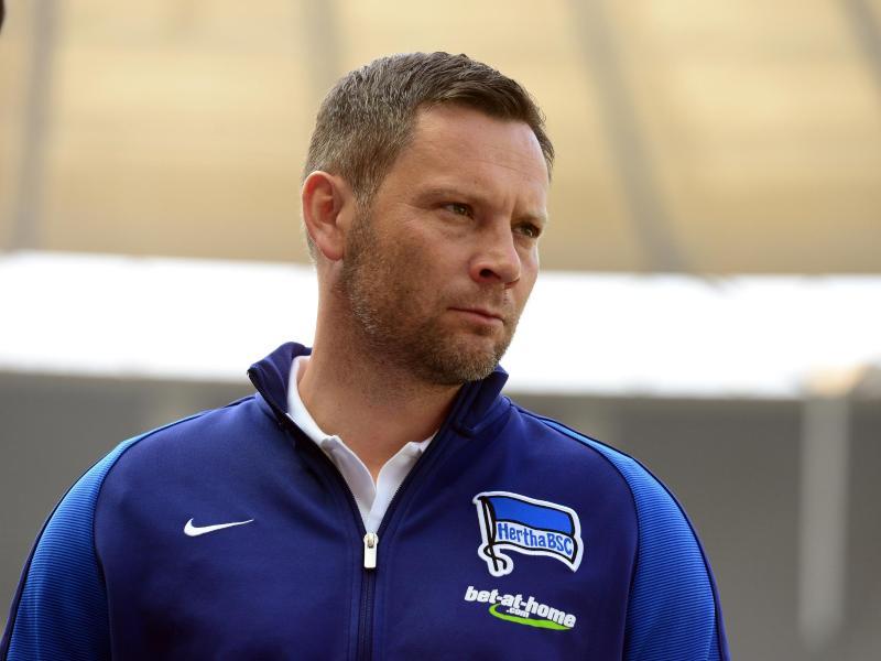 Hertha-Trainer Pál Dárdai setzt vor dem Spiel gegen Mainz auf harte Zweikampfführung