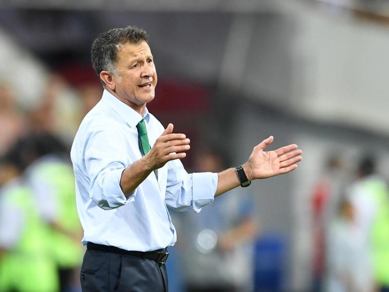 Mexikos Nationaltrainer Juan Carlos Osorio wurde für sechs Spiele gesperrt
