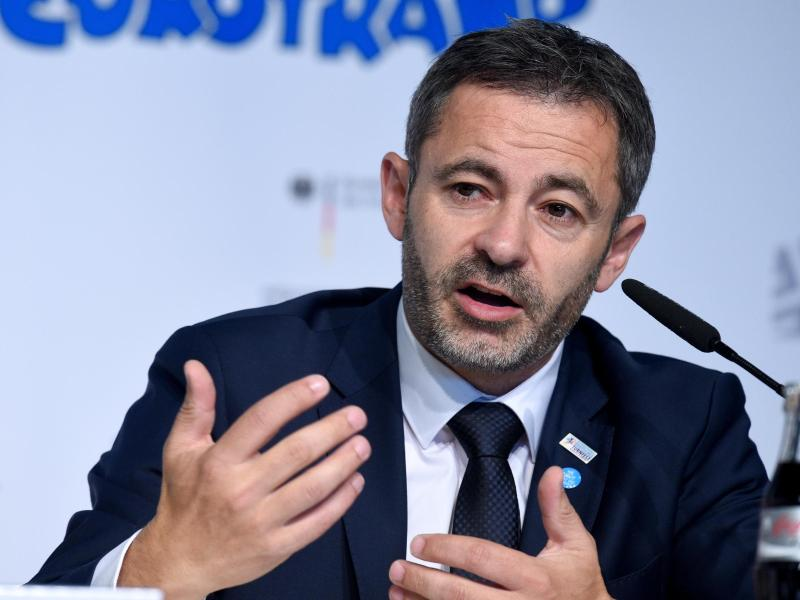Alfonz Hölzl bleibt DTB-Präsident