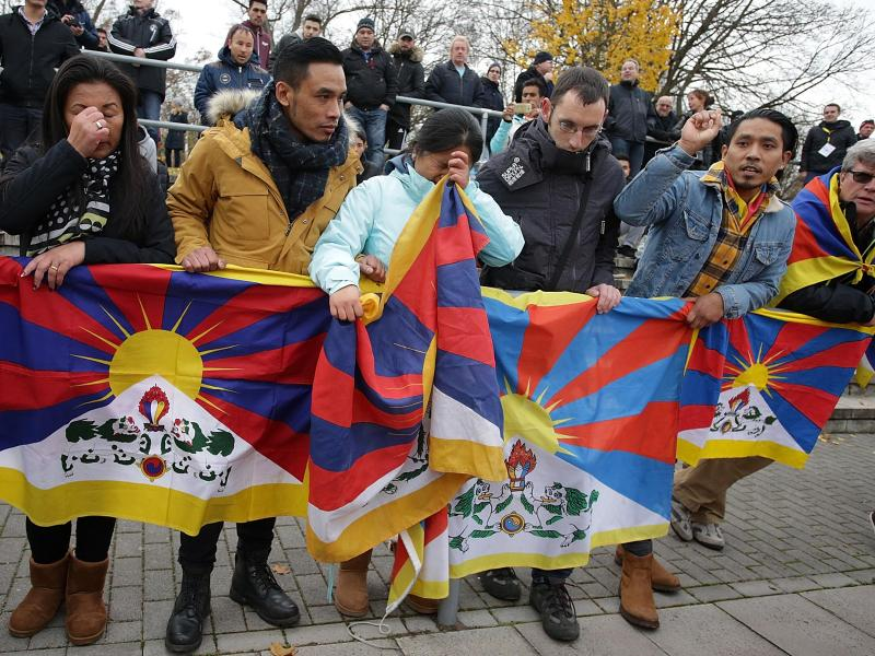 Proteste gegen die chinesiche Tibet-Politik sorgten beim Spiel von Chinas U20 für einen Eklat in Mainz