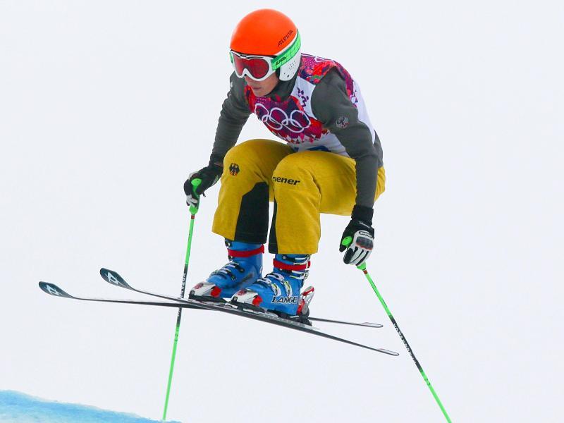 Skicrosserin Heidi Zacher fuhr beim Weltcup-Auftakt in Val Thorens auf das Podium
