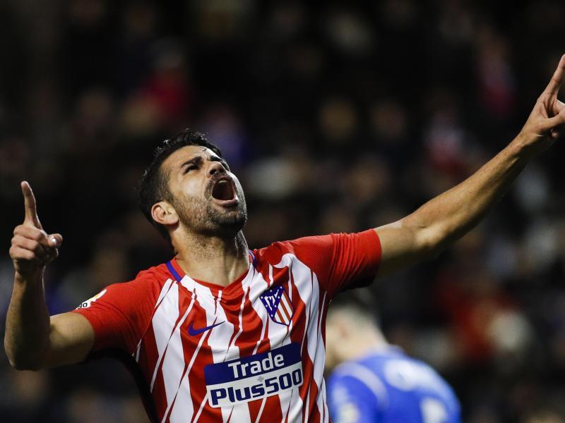 Diego Costa jubelt beim Spiel zwischen Lleida Esportiu und Atlético Madrid über sein Tor zum 4:0