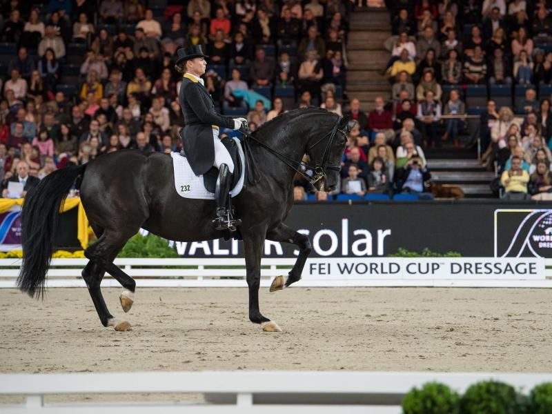 Isabell Werth gewann auf Weihegold