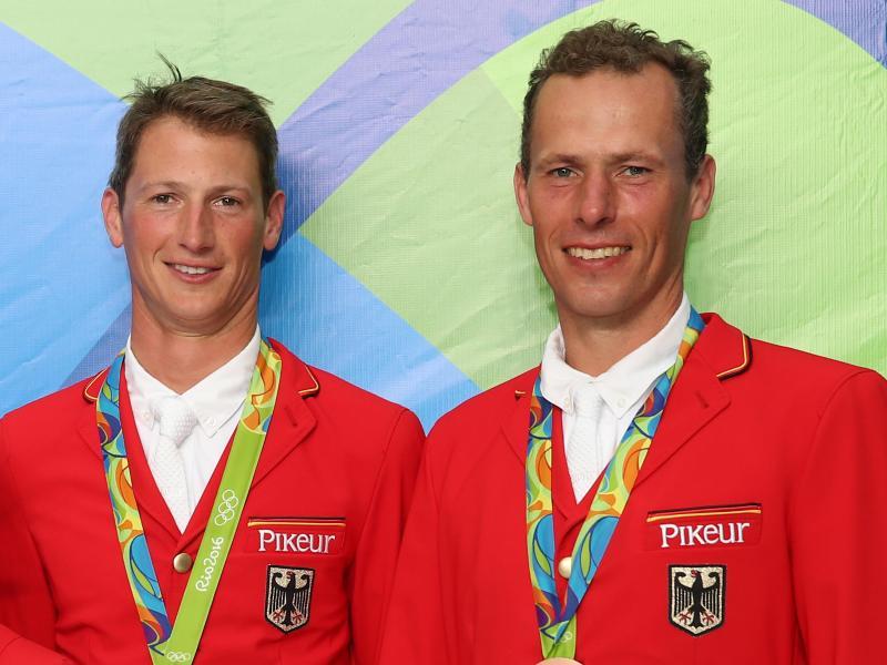 Daniel Deußer und Christian Ahlmann fehlen im Nationalteam der Springreiter