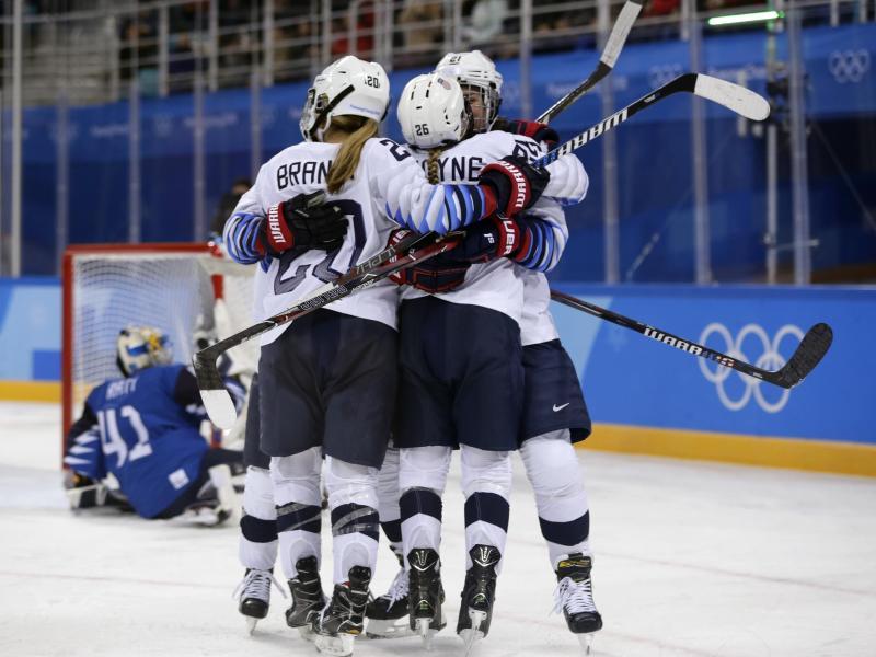 Die US-Eishockey-Frauen haben Finnlands Team klar mit 5:0 besiegt