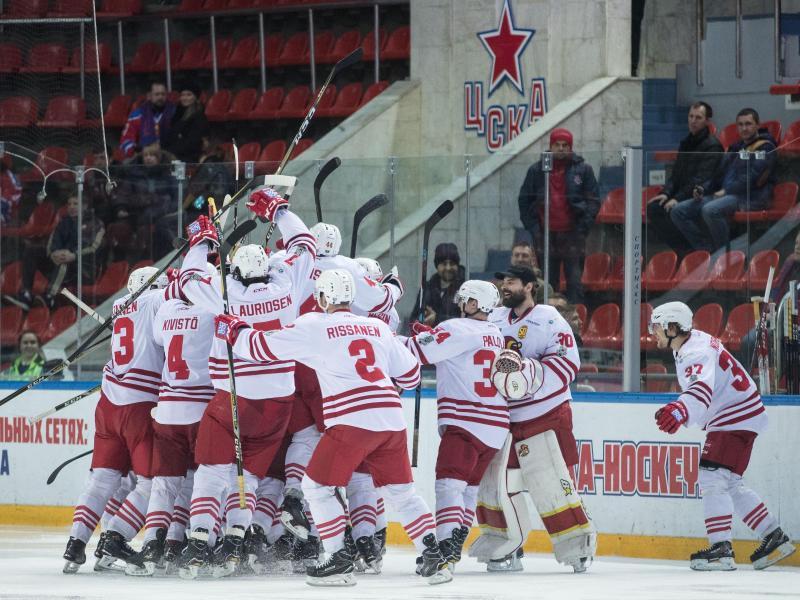 Nach 142 Minuten und neunSekunden konnten die Spieler von Jokerit Helsinki endlich über den Sieg im Spiel gegen ZSKA Moskau jubeln