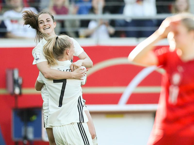 Lea Schüller erzielte gegen Tschechien einen Viererpack