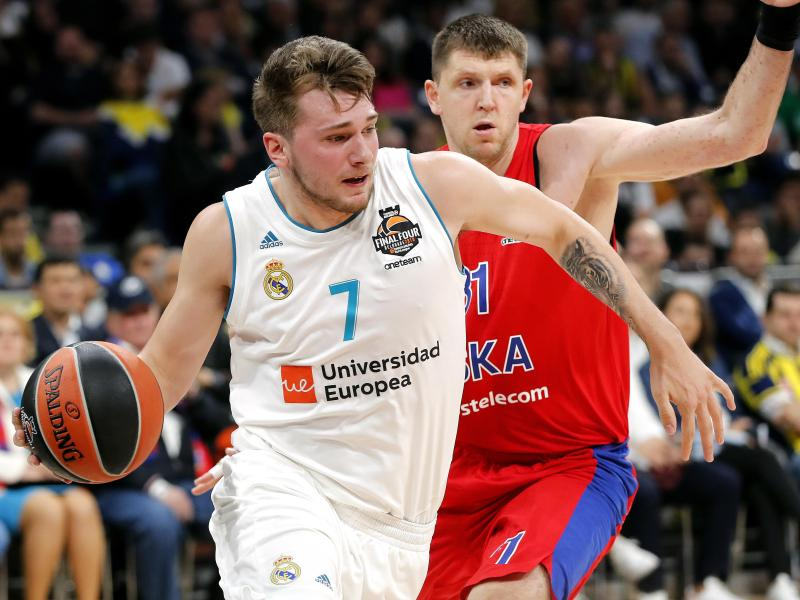 Luka Doncic (l.) hat mit Real Madrid die Euroleague gewonnen