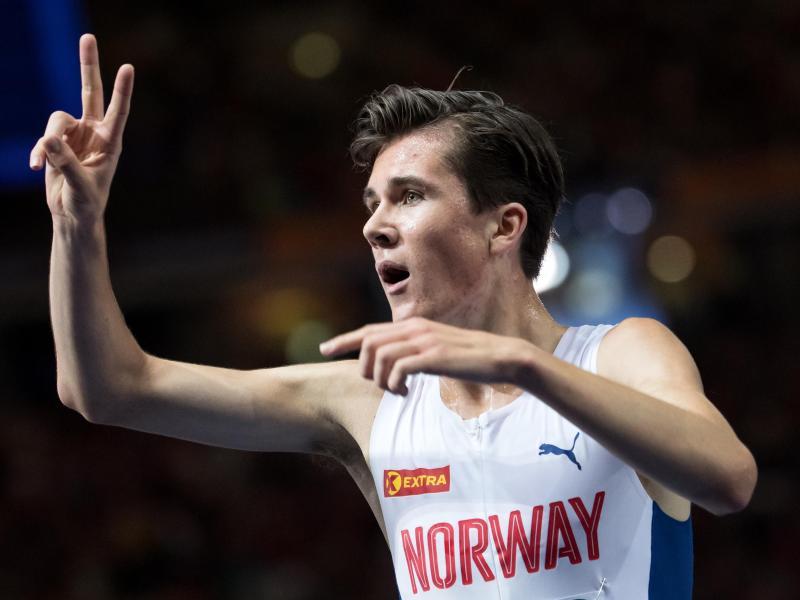 Jakob Ingebrigtsen aus Norwegen jubelt im Ziel. Er holte zwei Mal Gold bei der EM