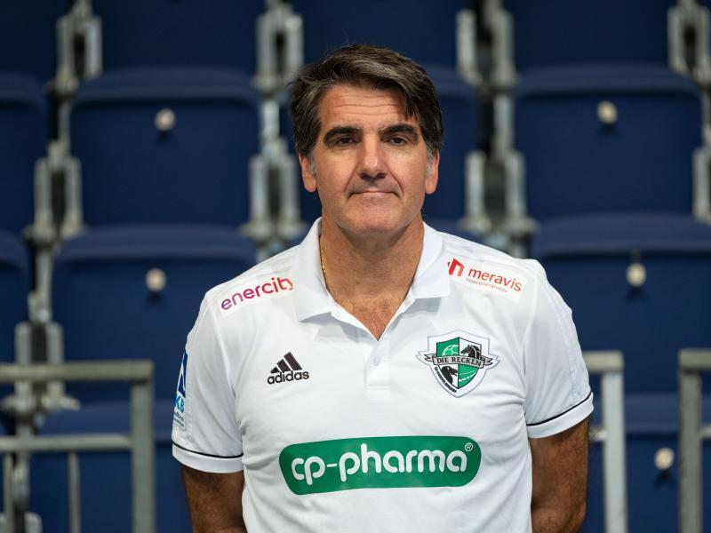 Hat seinen Vertrag beim TSV Hannover-Burgdorf verlängert: Trainer Carlos Ortega