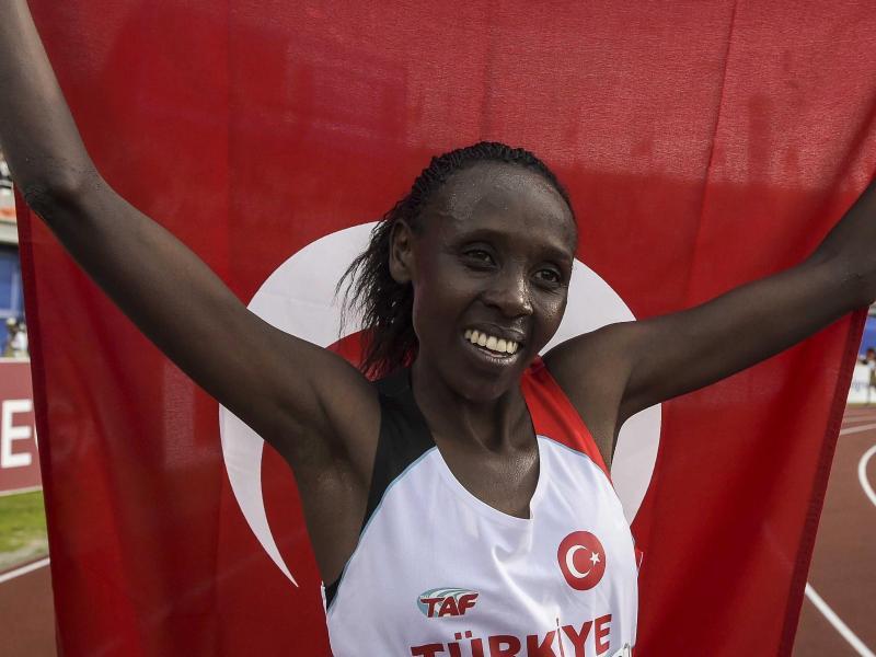 Die Türkin Yasemin Can siegte bei der EM in Tilburg im 8300-Meter-Cross-Rennen
