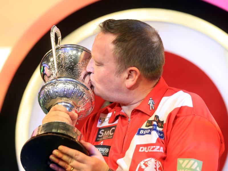 Darts-Profi Glen Durrant ist zum dritten Mal Darts-Weltmeister des Verbandes BDO