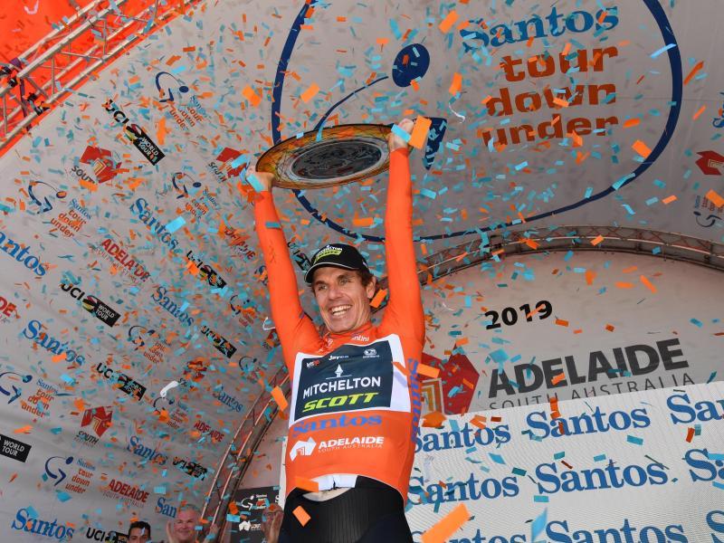 Daryl Impey vom Team Mitchelton-Scott feierte den Sieg bei der Tour Down Under.