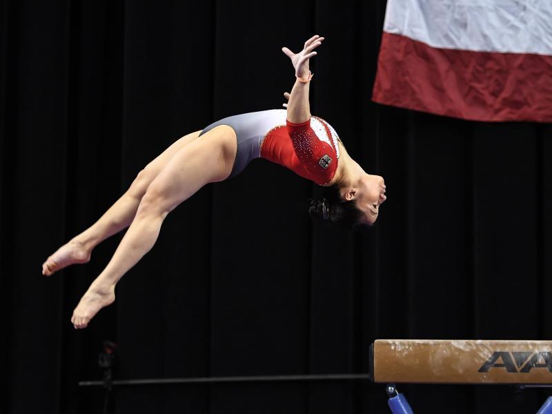 Beim American Cup erreichte Kim Bui mit 54,199 Punkten am Ende auf Rang fünf