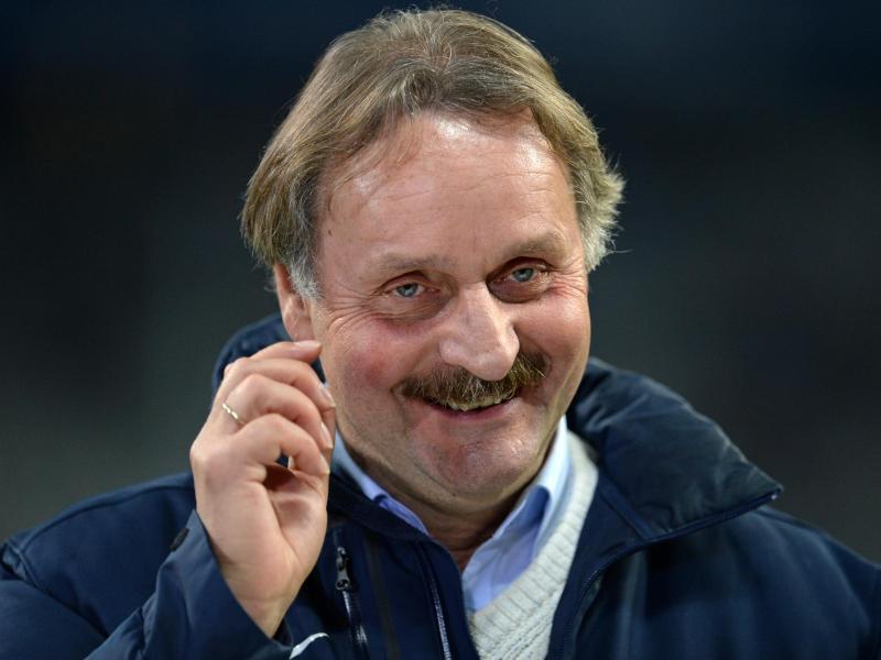 Peter Neururer will als Sportlicher Leiter beim SG Wattenscheid 09 zunächst den Klassenerhalt schaffen