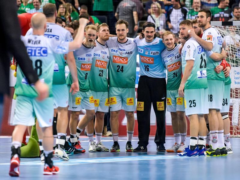 Magdeburgs Spieler feiern den Last-Second-Sieg im Final Four