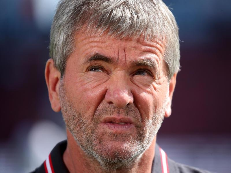 Friedhelm Funkel kritisiert den Umgang mit Trainern im deutschen Profifußball
