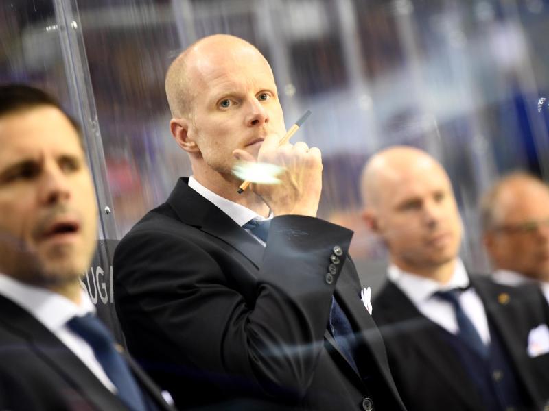 DEB-Bundestrainer Toni Söderholm erlitt gegen Kanada den ersten Rückschlag bei der WM