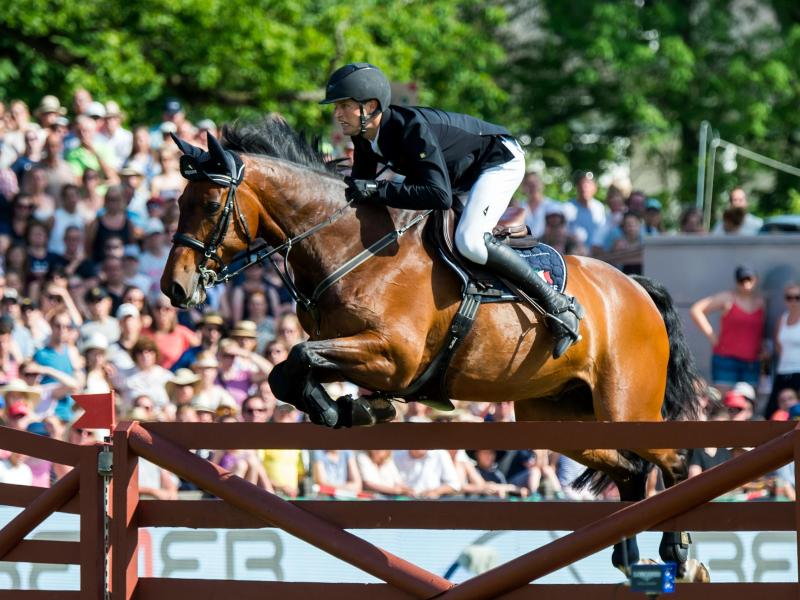 Nisse Lüneburg hat auf Cordillo das Spring-Derby inHamburg gewonnen