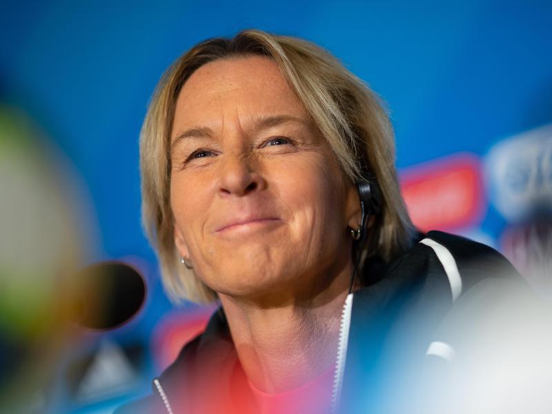 Ist angetan vom hohen Niveau der WM-Spiele: DFB-Trainerin Martina Voss-Tecklenburg