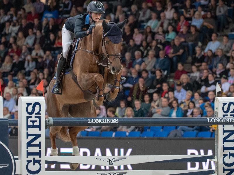 Simone Blum ist fehlerfrei in die deutsche Meisterschaft gestartet