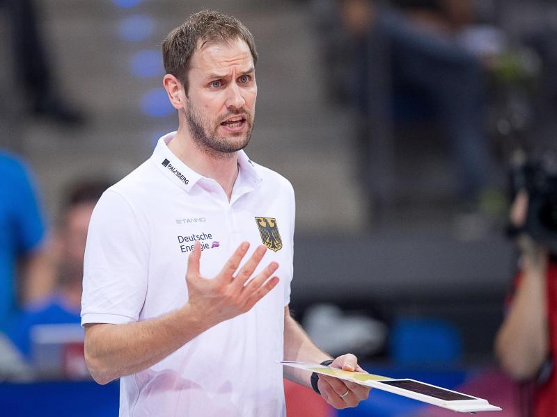 Bundestrainer Felix Koslowski hat mit den deutschen Volleyballerinnen eine vorzeitige Qualifikation für Olympia 2020 verpasst