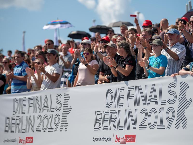 Die vielen Zuschauer sorgen bei den Finals in Berlin für eine gute Stimmung. Foto: Monika Skolimowska