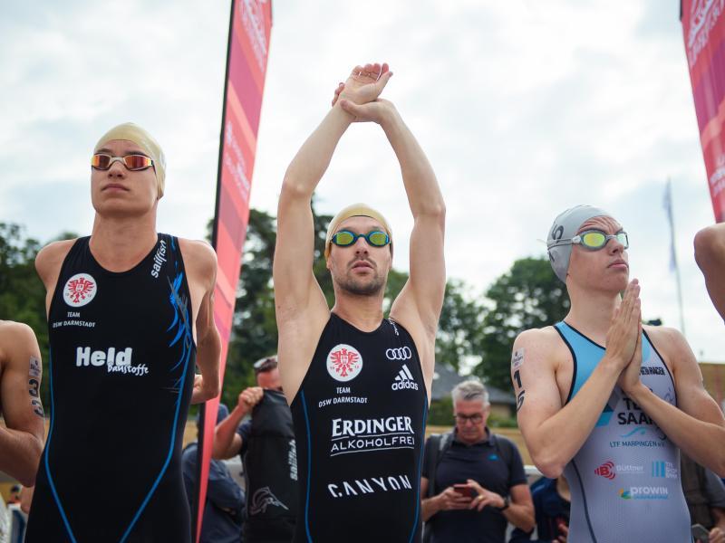 Zeigte sich im Berlin den deutschen Triathlon-Fans: Patrick Lange (M).