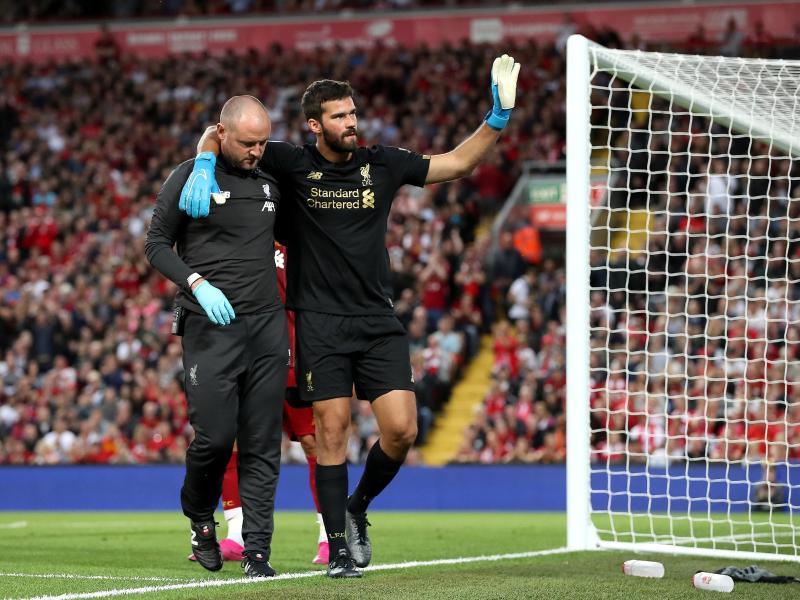 Vorzeitiges Aus: Liverpool-Keeper Alisson humpelt vom Platz