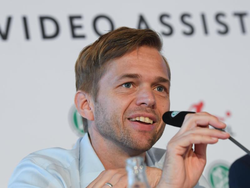 Bittet um Geduld für den umstrittenen Videobeweis: DFB-Projektleiter Jochen Drees