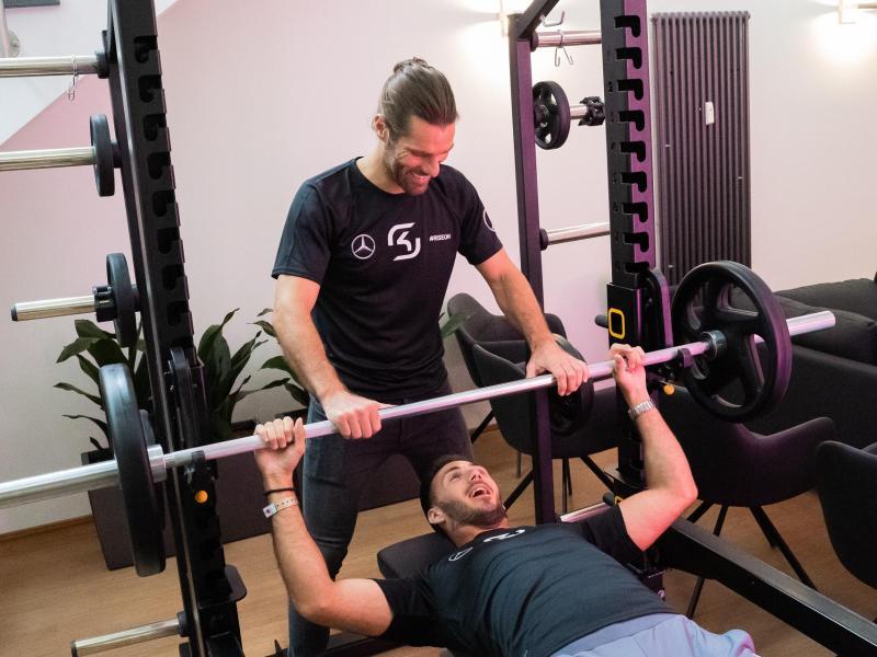 Geistiges und körperliches Training geht bei SK Gaming Hand inHand
