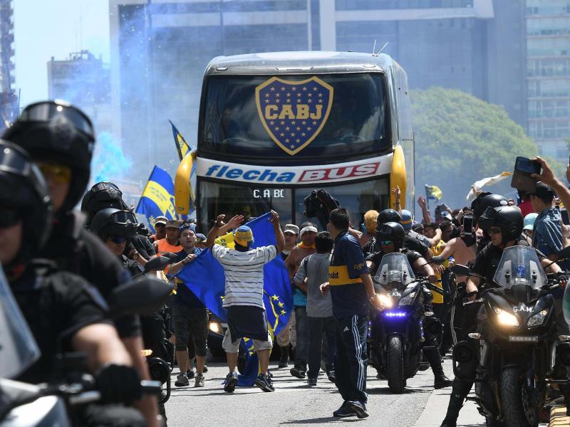Der Mannschaftsbus der Boca Juniors wurde im vergangenen Jahr mit Steinen beworfen