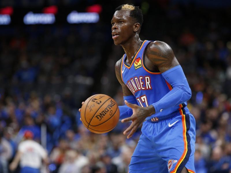 Basketball-Star Dennis Schröder konnte Oklahoma City Thunder nicht zum Sieg verhelfen. Foto: Garett Fisbeck/AP/dpa
