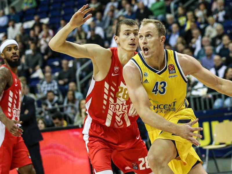 Steuerte 18 Punkte zum Alba-Sieg gegen Belgrad bei: Luke Sikma (r.)