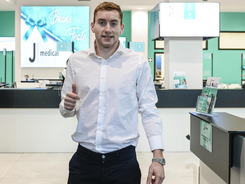 Dejan Kulusevski ist zum Medizincheck bei Juventus Turin
