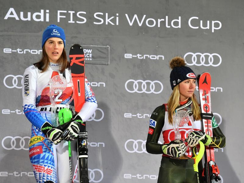 Mikaela Shiffrin (r) und Petra Vlhova liefern sich Duelle - nicht nur auf der Skipiste