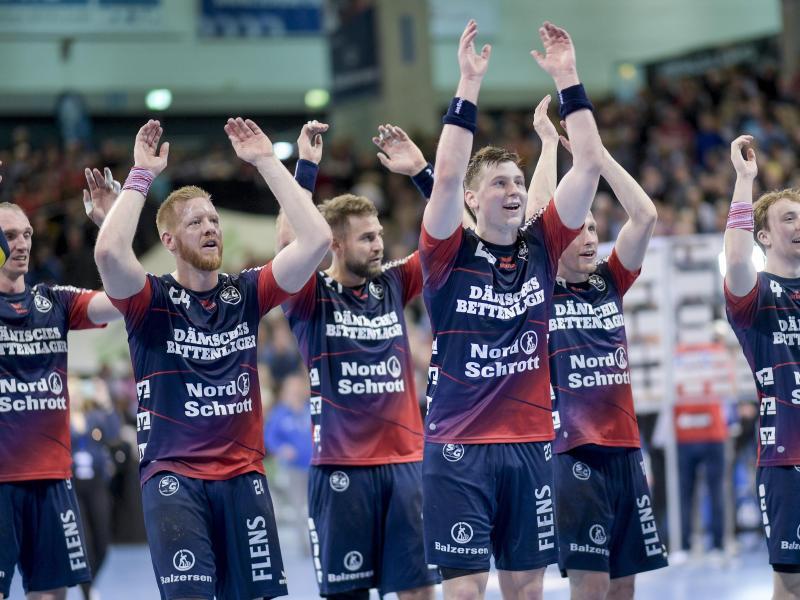 Flensburgs Handballer treffen im Achtelfinale der Champions League auf Montpellier. Foto: Axel Heimken/dpa