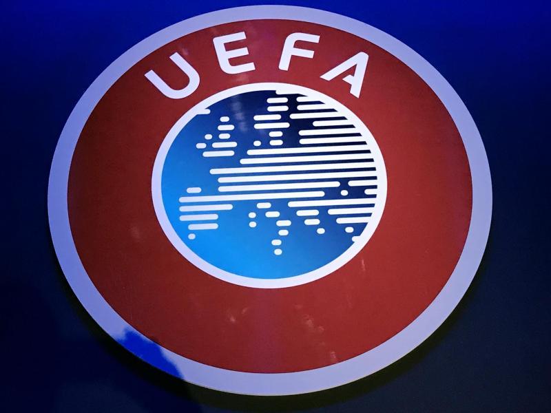 Die UEFA hat Berichte über die Austragung der EM 2021 in nur einem Land zurückgewiesen