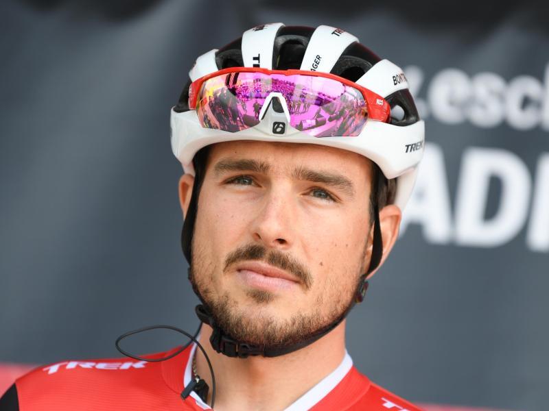 Hofft, dass die Tour de France in diesem Jahr trotz Corona-Krise stattfindet: Radprofi John Degenkolb. Foto: Arne Dedert/dpa
