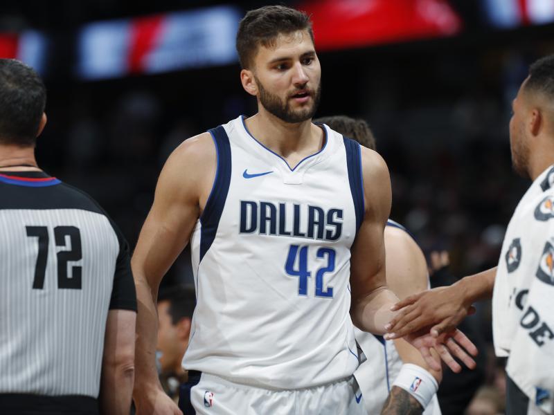 Trotz Corona-Pause erhalten die NBA-Profis wie Dallas-Akteur Maxi Kleber noch das volle Gehalt