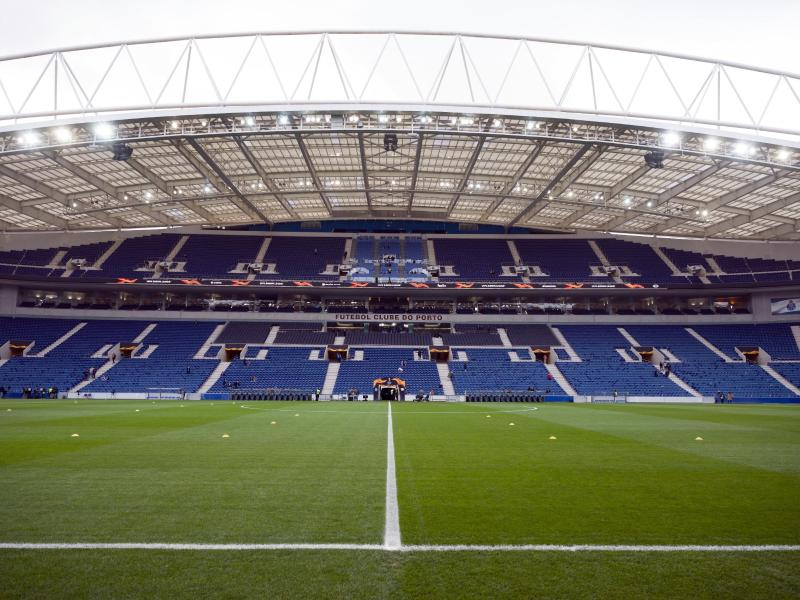 Im Estadio do Dragao es FCPorto soll im Juni wieder der Ball rollen. Foto