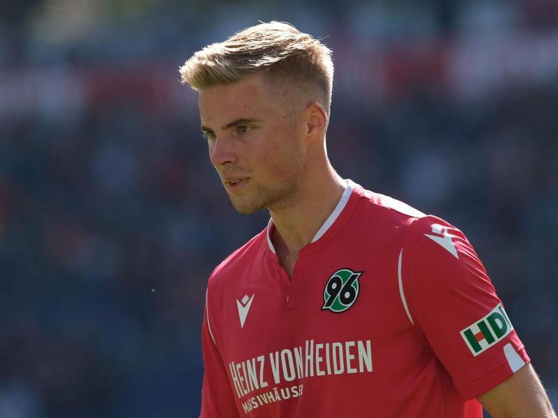 Wechsel von Hannover 96 in die niederländische erste Liga: Emil Hansson
