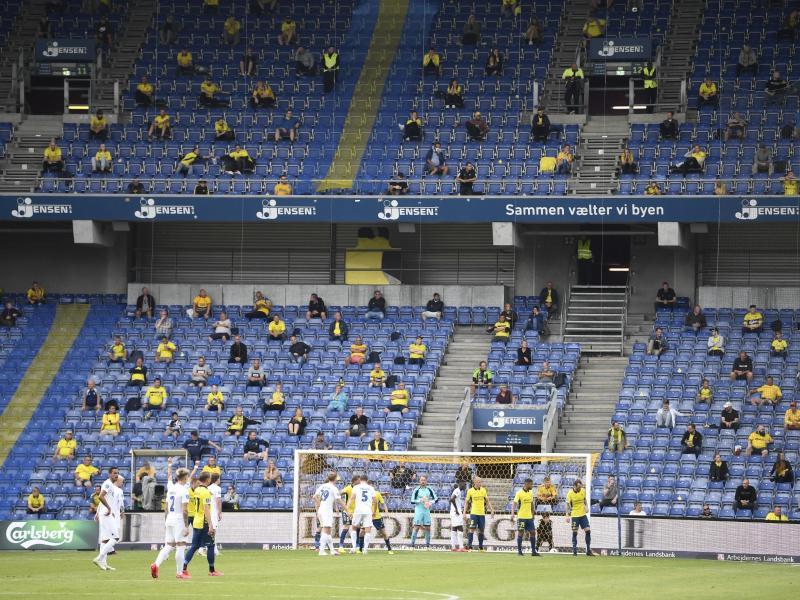 3000 Zuschauer waren beim Kopenhagen-Derby zugelassen