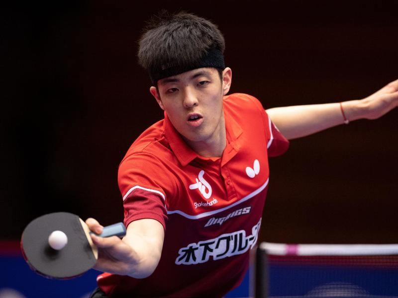 Dang Qiu gewann das Finale deutlich mit 4:0 in Sätzen