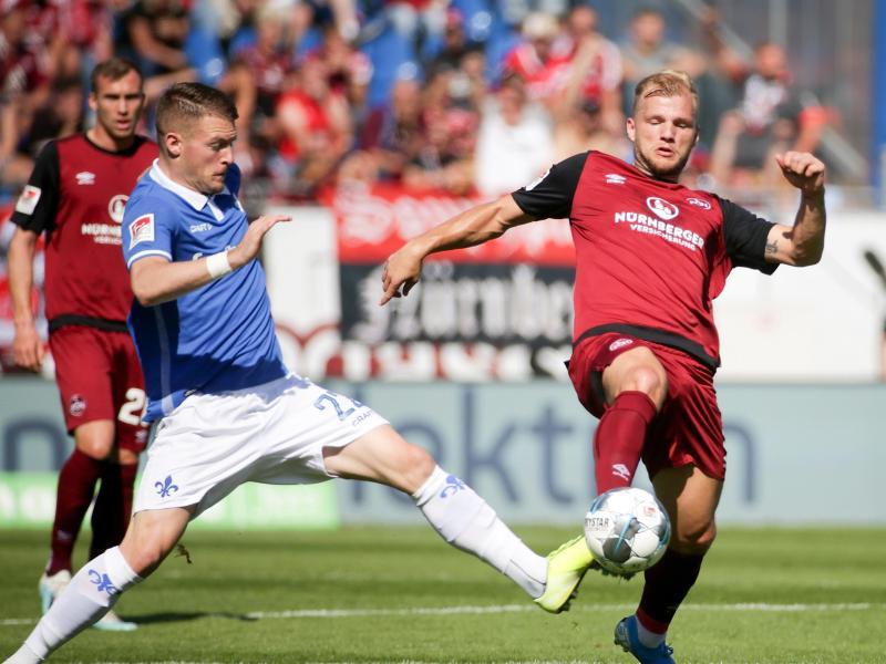 Konnte sich bei Darmstadt 98 nicht durchsetzen: Ognjen Ozegovic (l.)